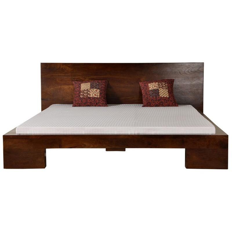 Letto etnico living contemporaneo mobili etnici vendita for Baite in legno da 2 letti in vendita