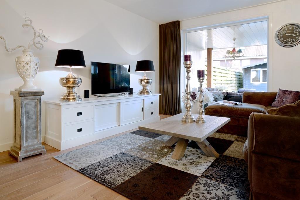 Mobile soggiorno bianco credenze provenzali shabby chic for Soggiorno shabby