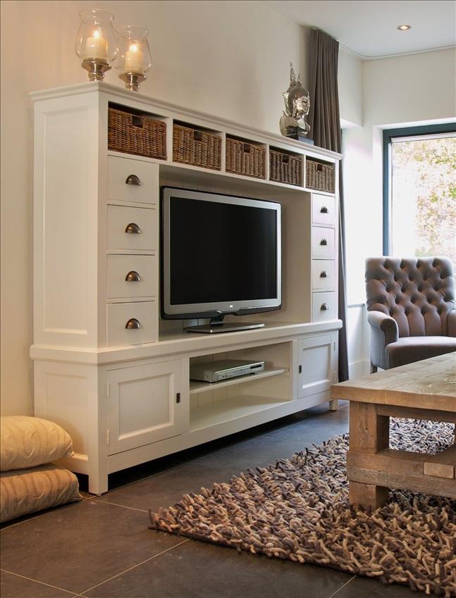 Parete soggiorno provenzale arredamenti provenzali shabby chic - Mobili soggiorno shabby chic ...