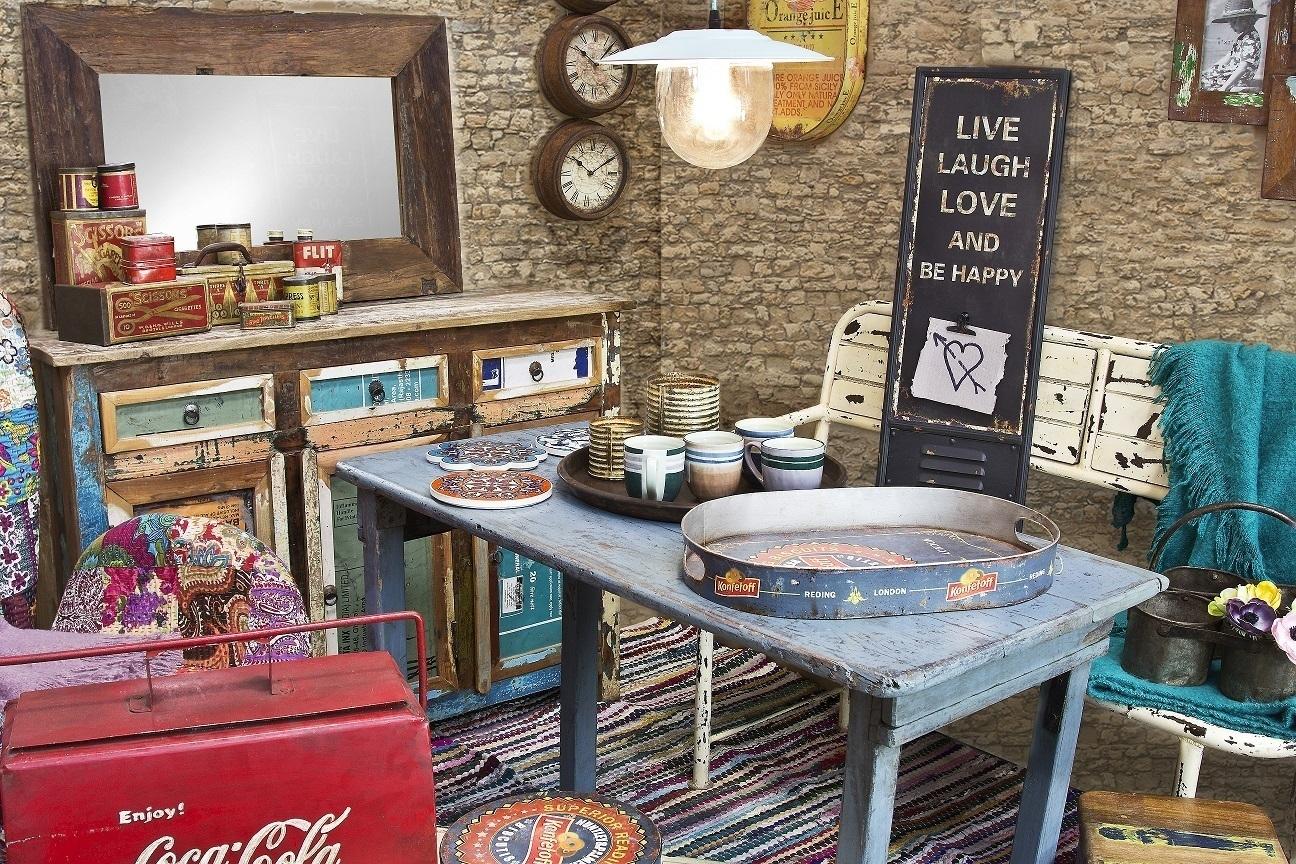 Comodino multicolor vintage ethnic chic arredamento vintage - Mobili etnici colorati ...