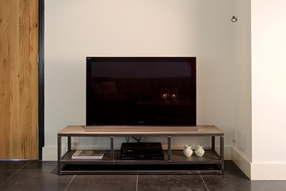 Tv board liverpool sheesham cm industrial stil