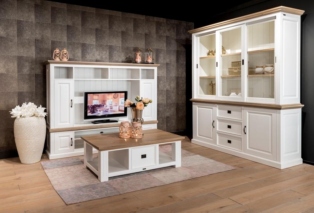 Mobile soggiorno provenzale arredamento provenzale chic for Arredamento mobili soggiorno