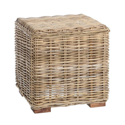 Pouf in rattan naturale
